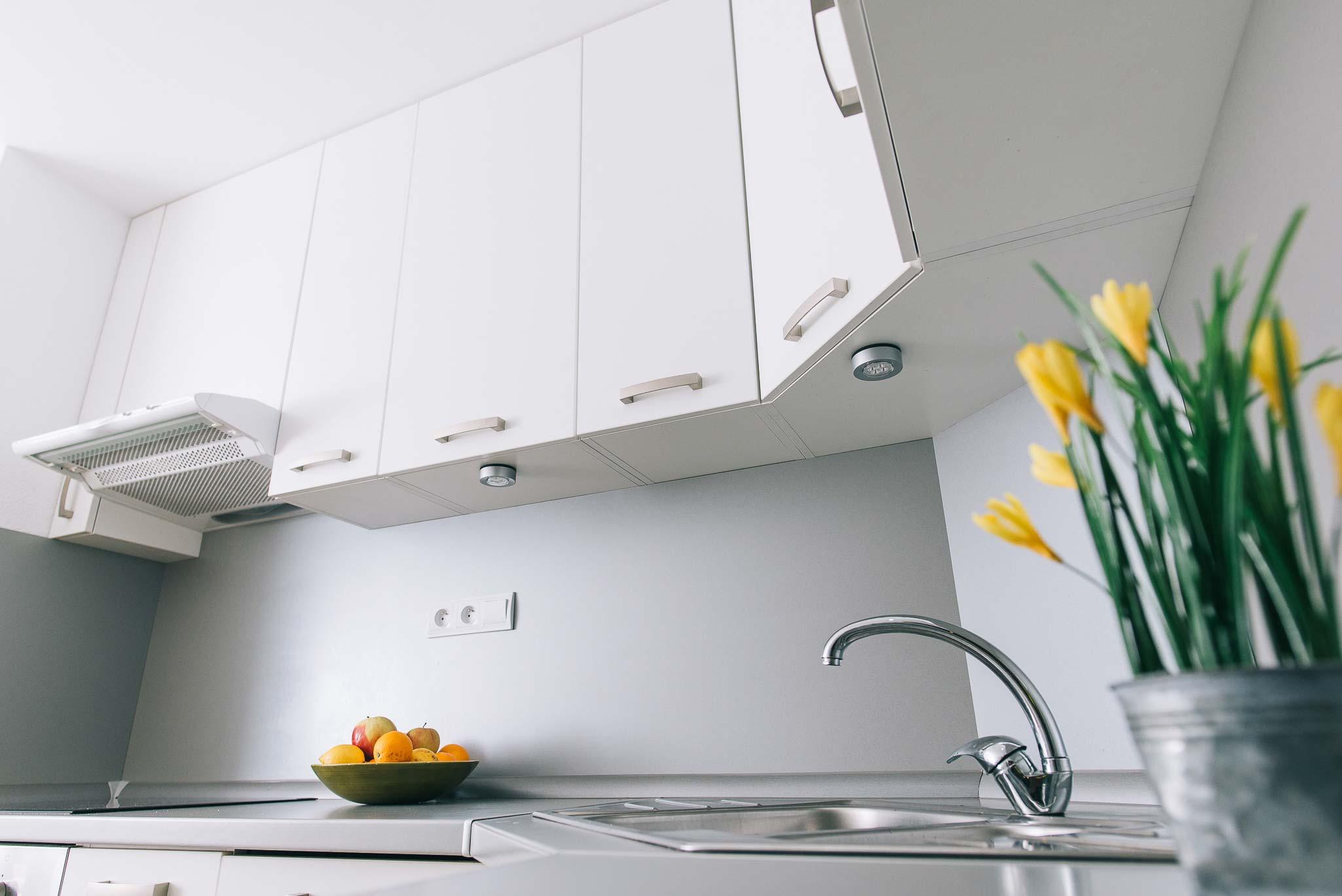 Elegantná biela kuchyňa