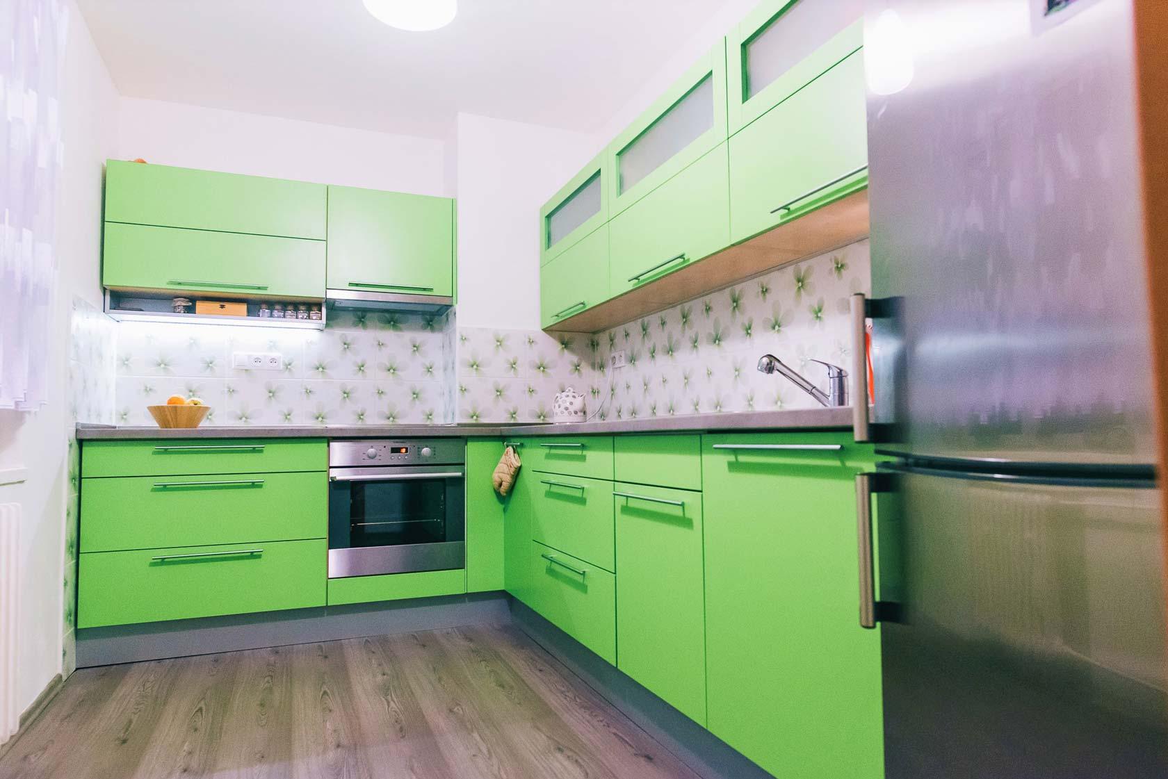 Svieža zelená kuchyňa